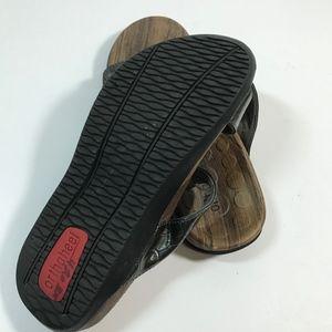 Vionic Shoes - ORTHAHEEL Vionic Layla Women's Gray Snake Skin 6